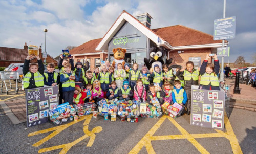 100000 Items Donated To Foodbanks Coop Colleagues Connect